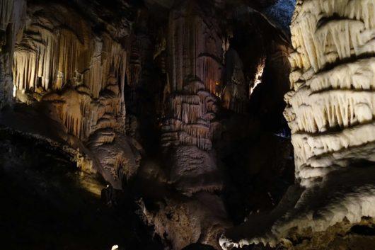 ポストイナ鍾乳洞
